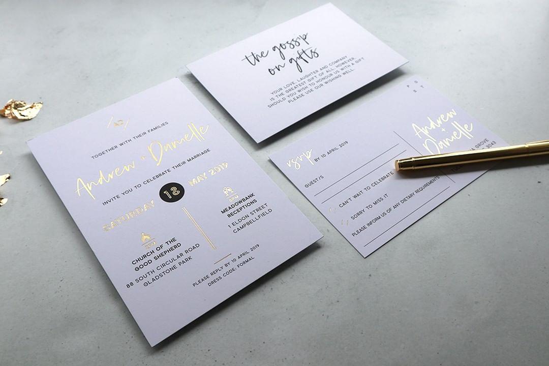 Lời mời đám cưới qua điện thoại như thế nào là lịch sự?